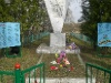 За братской могилой в д. Турово ухаживает Новолотошинское по.jpg